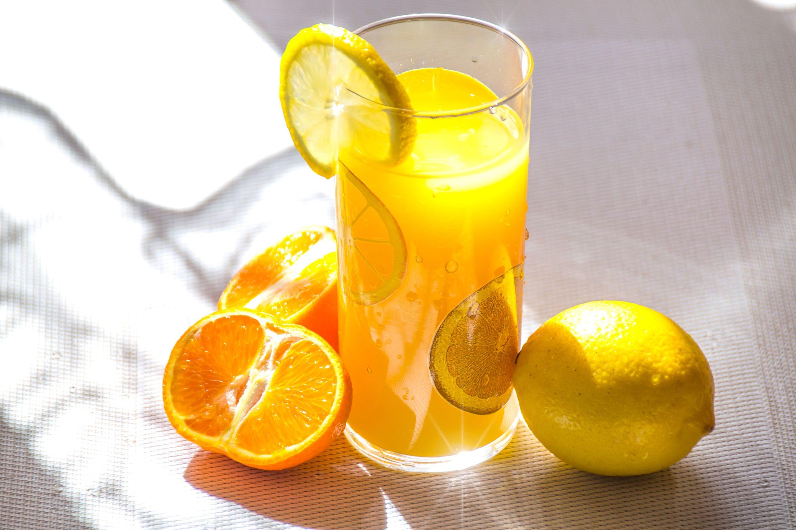 オレンジ女子
