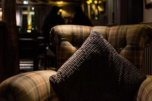 彼の家のソファー(イメージです)